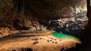 hang Sơn Đoòng ở Quảng Bình - Sơn Đôòng lọt top 9 hang động kỳ diệu nhất thế giới