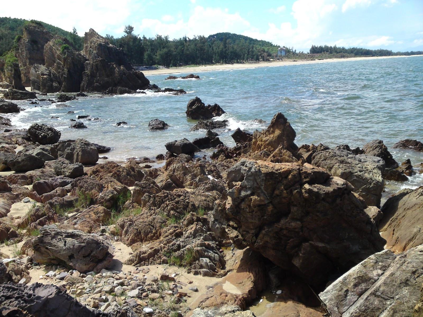 Photo of Đá Nhảy – Bãi biển đẹp nhất tại Quảng Bình