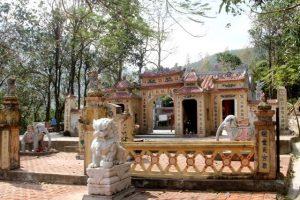 Đền thờ công chúa Liễu Hạnh