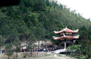 vung-chua-dao-yen1